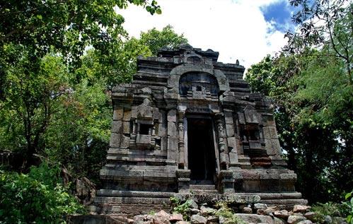 Phnom Da, Ashram Maharosei